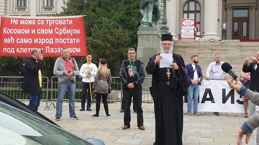 Прва послекарантинска литија за спас православне Србије (Видео)